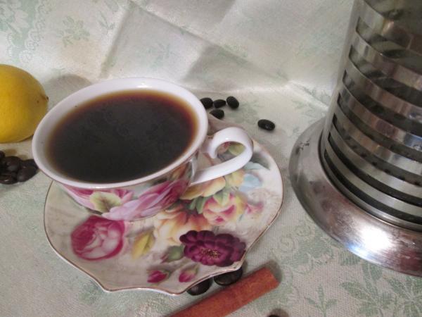 Кофе с корицей и лимоном